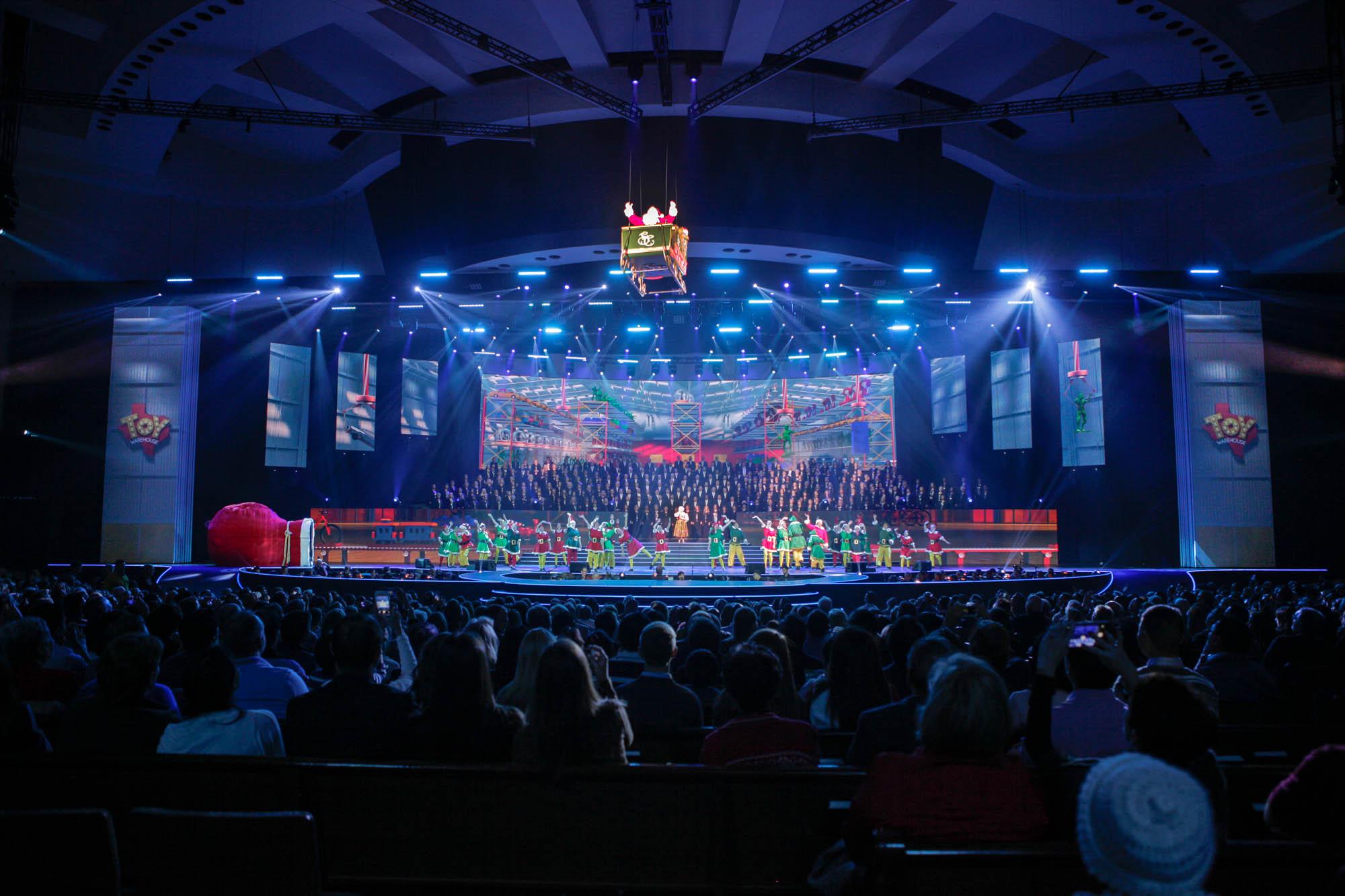 Prestonwood Christmas Show.The Gift Of Christmas Uvld